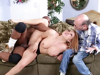Hot bimbo is in a cuckold interracial video, obtaining fucked well
