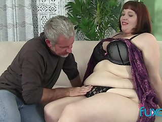 BBW Cherie with older chubby loving guy who just knows how to threat her