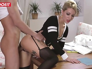 Inked blond pretence nurturer is getting her pretence son's prominent knob deep in her whine