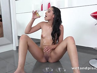 Tiny tits solo inclusive pours piss all over herself