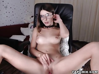 Amazing Shaved Teen Toying Her Twat