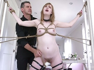 Lewd slender hoe Dolly Leigh gets a blunder to experience breast bondage