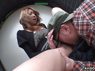 Japanese cocksucker makes him cum in say no to brashness