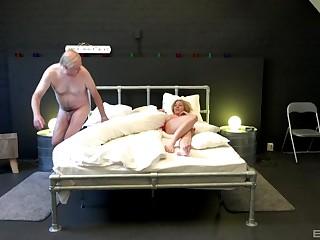 Beautiful Serpente Edita ridding a fat stranger's cock like under no circumstances before