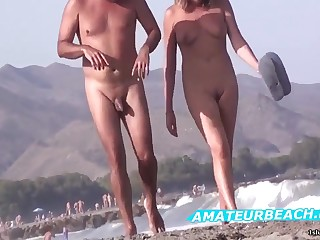 Very Hot Amateur Porn Voyeur Nudist On Throw up Beach Pic