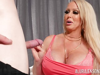 Full-grown pornstar Alura Jenson gives an amazing titjob to a beamy dig up