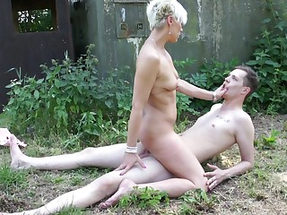 Naked grown-up rides young lad's bushwa then sucks it dry