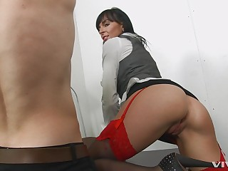 Erotic porn video with brunette secretary Franki Rider and her boss