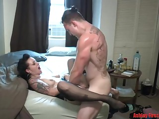 Smashing brunette is secretly bustling as a whore, because she likes fucking exposed to from the start